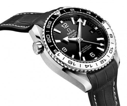 Omega Seamaster 215.33.44.22.01.001 Planet Ocean Co-Axial GMT Caliber 8906 side view @majordor #majordor