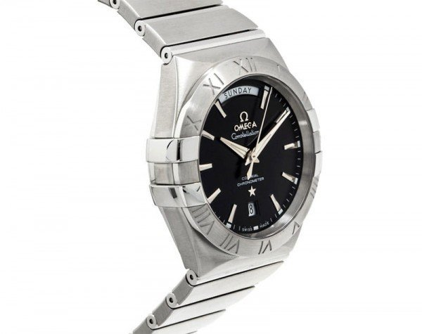 Omega Constellation 123.10.38.22.01.001 Co-Axial Automatic 38 mm Day-Date Mens Watch side view 2