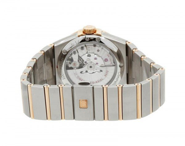 Omega Constellation 123.20.38.22.02.001 Automatic 38 mm Day-Date Mens Watchcase back view @majordor #majordor